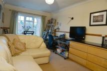 Apartment to rent in Abbotsmede Close...