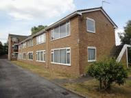 Kneller Road Flat to rent
