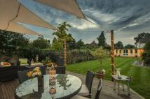 4 bed Detached house for sale in Vincent Road, Cobham