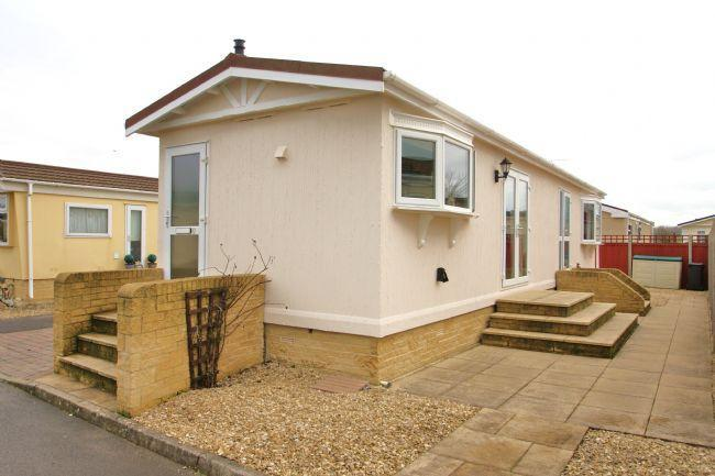 2 Bedroom Park Home For Sale In Wildwood Cirencester