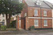 Apartment to rent in High Street, Highworth...