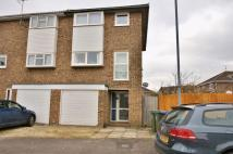 4 bedroom house to rent in Hallsfield, Cricklade...