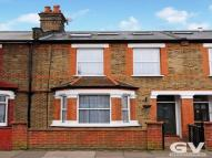 3 bed Terraced property to rent in Salisbury Road, W13
