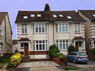 5 bed semi detached house to rent in Boston Gardens, TW8...