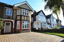 5 bed semi detached property to rent in Tring Avenue, Ealing