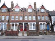 2 bed Flat to rent in Drayton Green Road, W13