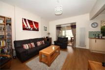 Flat to rent in Gordon Rd, W13