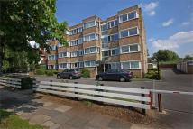 2 bed Flat in Greenpark Court, HA0...