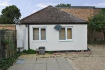 Detached Bungalow to rent in Montpelier Road, W5