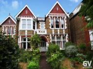 Flat in Gordon Road, W13