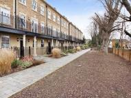 5 bedroom Terraced house in Queensgate Terrace, W5