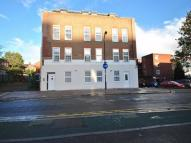 Studio apartment in Church Road, W3