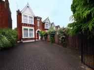 5 bedroom semi detached house in Argyle Road, W13
