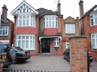 3 bedroom Flat to rent in Gunnersbury Avenue, W5