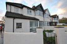 3 bed Flat to rent in Bideford Avenue...