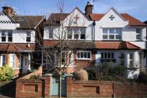 4 bed semi detached home in Lindfield Road, W5
