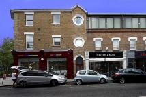 2 bedroom Flat to rent in Devonshire Road, W4