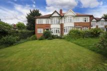 Apartment to rent in Sandall Close, W5