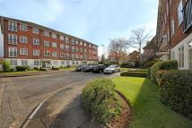 Apartment to rent in St. Peters Way, W5