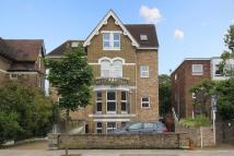 Flat in Sutherland Road, W13
