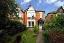 5 bed semi detached house to rent in Argyle Road, W13