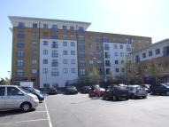 Apartment to rent in Waxlow Way, Northolt, UB5