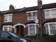 3 bed Terraced home to rent in Whippendell Road, watford