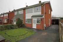 semi detached house to rent in Alyndale Road, Saltney...