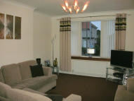 Ground Flat to rent in 5 Broomfield Street...