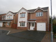 Detached property in Lyle Gardens, Irvine...