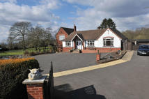 6 bed Detached house in Farley Lane, Romsley, B62