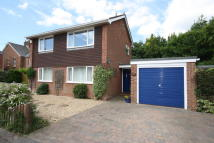 3 bedroom Detached home in Queen Elizabeth Avenue...