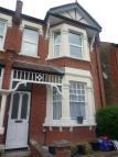 2 bedroom Flat in Craven Gardens, London...