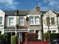 Flat to rent in Astonville Street...