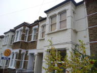 1 bedroom Flat to rent in Ridley Road, London, SW19