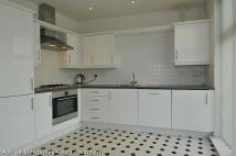 2 bed Apartment to rent in STOURTON - Stewponey