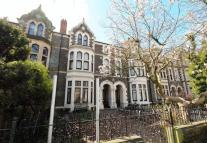 Flat in Cathedral Road, Pontcanna