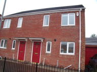 semi detached house to rent in Johnson Street...