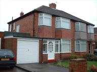 3 bedroom semi detached house to rent in Melville Grove...