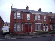 Flat in Trewhitt Road, Heaton