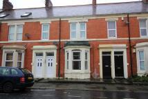2 bed Flat to rent in Tavistock Road, Jesmond...