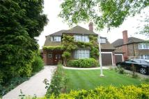 Westbury Road Detached house to rent