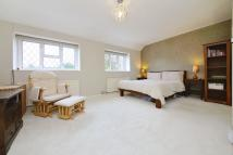 Detached house to rent in Gatehill Road, Northwood