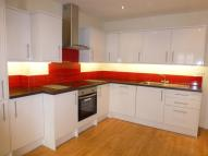 Apartment to rent in High Street, Pinner