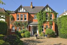 5 bedroom Detached property to rent in Catlins Lane, Pinner