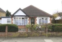 3 bedroom Bungalow in Middleton Drive, Pinner
