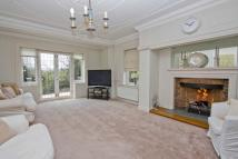 6 bed Detached home to rent in Chorleywood Road...