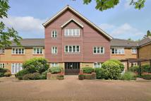 Flat to rent in Skillen Lodge, Pinner
