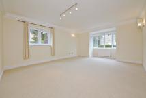 2 bed Flat to rent in Willow Tree Lodge...