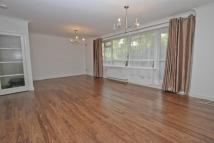Apartment to rent in Dove Park, Hatch End
